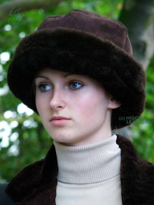 Higgs Leathers LAST FEW!   Diamonella (Doubled headband ladies Shearling hats)