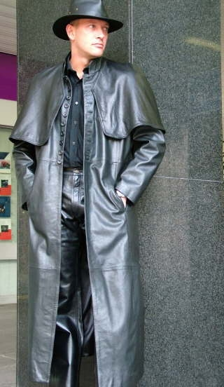Higgs Leathers {NEW STOCK!}  Van Helsing (men's black Leather Cape Coats)