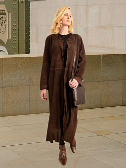 Higgs Leathers ONE ONLY - SAVE £300!  Stephanie (featherweight Kidskin Suede coat)