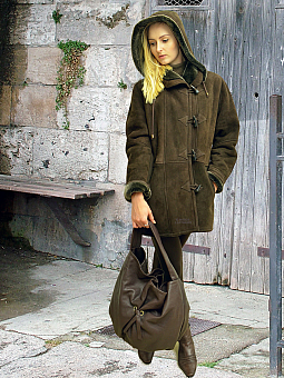 Higgs Leathers ONE ONLY - SAVE £300!  Debbie (ladies Hooded Merino Shearling Duffle