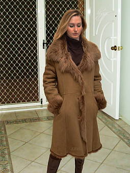 Higgs Leathers Demi (7/8th. length women's Toscana Shearling coats)