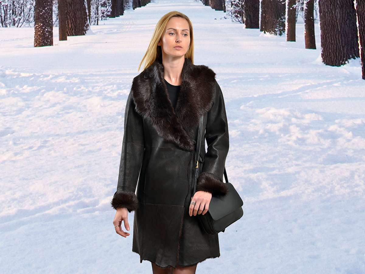 Higgs Leathers {LAST ONE!SAVE £200!}  Tatianya (Toscana trimmed ladies Shearling coat