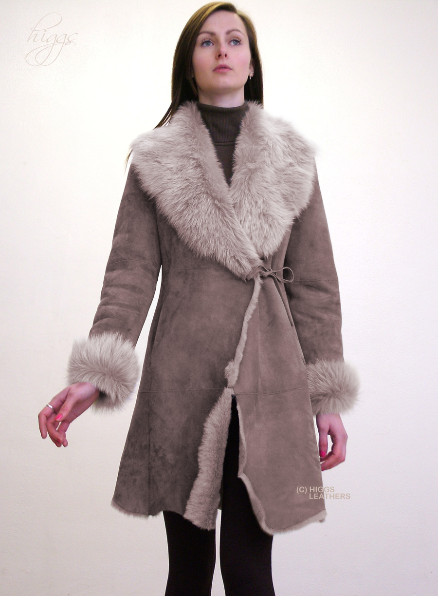 Higgs Leathers {SAVE £200!}  Tatianya (Toscana trimmed ladies Shearling coats)