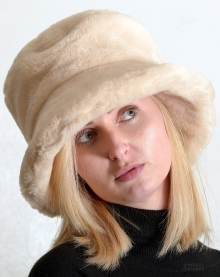 Higgs Leathers ONE ONLY HALF PRICE!  Wendy (ladies soft brim Faux Fur hat)