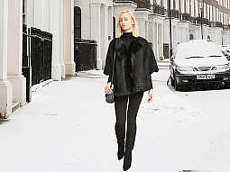 Higgs Leathers ONE ONLY SAVE £200!  Elizabeth (Black Toscana Cape Jackets)