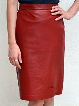 Higgs Leathers NEW!  Cassy (ladies knee length Red Leather skirts)